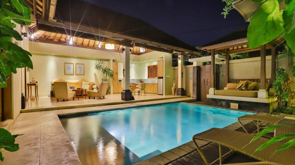Sonnenschutz für den Pool